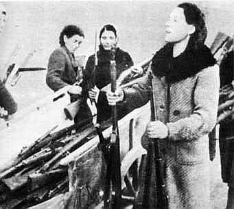 Milanese women in 1943